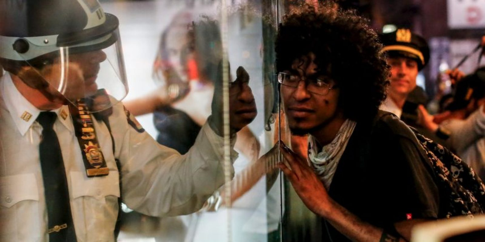Las protestas son contra la brutalidad policial hacía la gente negra. Foto:Getty Images