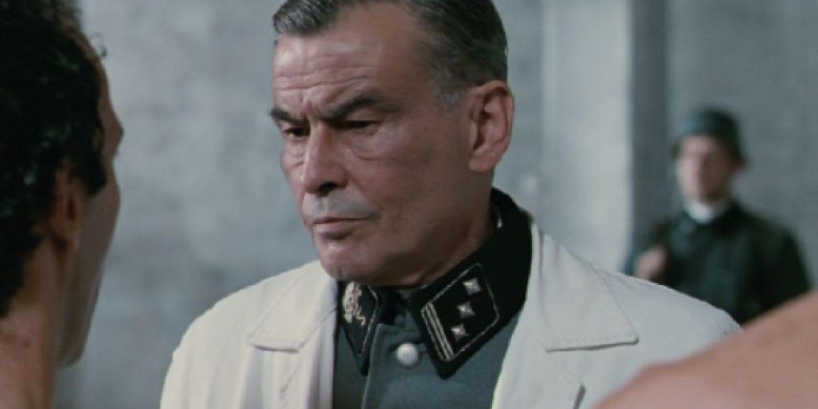 """Horst Bucholz era el """"Doctor Lessing"""", fanático de las adivinanzas. Foto:vía Cecchi Gori Produzioni"""