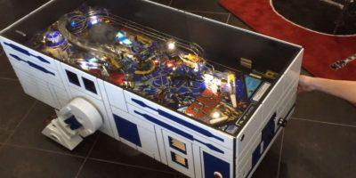 """Este el R2D2, el popular robot de Star Wars, convertido en mesa de café y """"Pin-Ball"""" Foto:András Lacfi"""