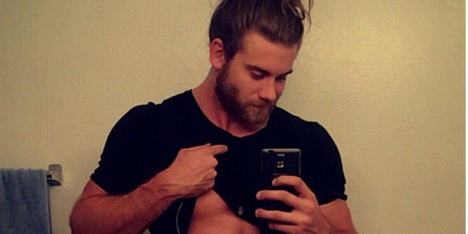 Brock O' Hurn es entrenador personal en Los Ángeles y se ha hecho famoso en Instagram por tener la apariencia de moda: barba y cabello recogido. Pero su apariencia le ha granjeado tener miles de seguidores en Instagram. Tiene 640 mil. Foto:Instagram/Brock O' Hurn
