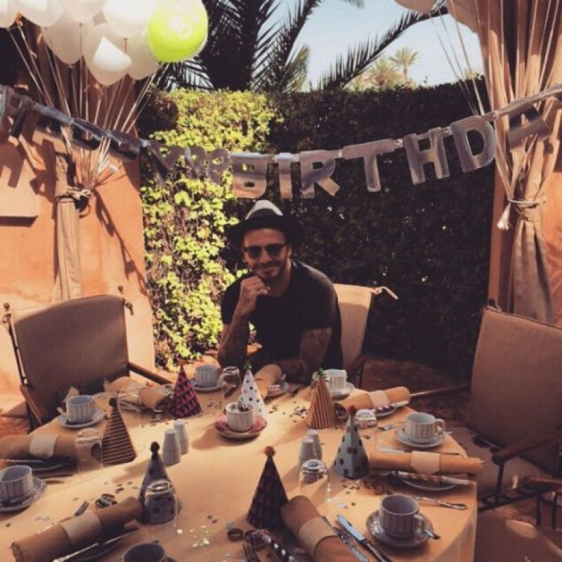 Siendo festejado Foto:instagram.com/davidbeckham/