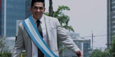 """VIDEO. Líder lanza campaña electoral """"Le toca"""""""