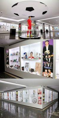 """El astro portugués tiene su propio museo llamado """"Museo CR7"""". Este recinto, ubicado en su natal Funchal en la isla de Madeira, fue inaugurado el 15 de diciembre de 2013 y tiene una superficie de 400 metros cuadrados. Foto:museocr7.com"""