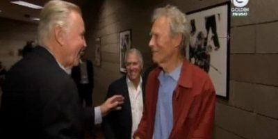 El director y actor Clint Eastwood junto a John Voight