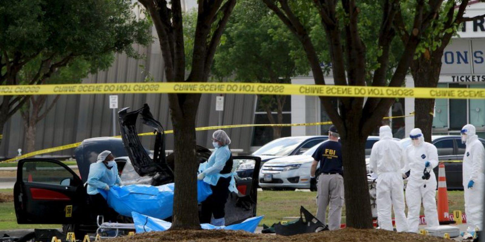Las autoridades estadounidenses identifican a los dos hombres como Elton Simpson y Nadir Soofi. Foto:AFP