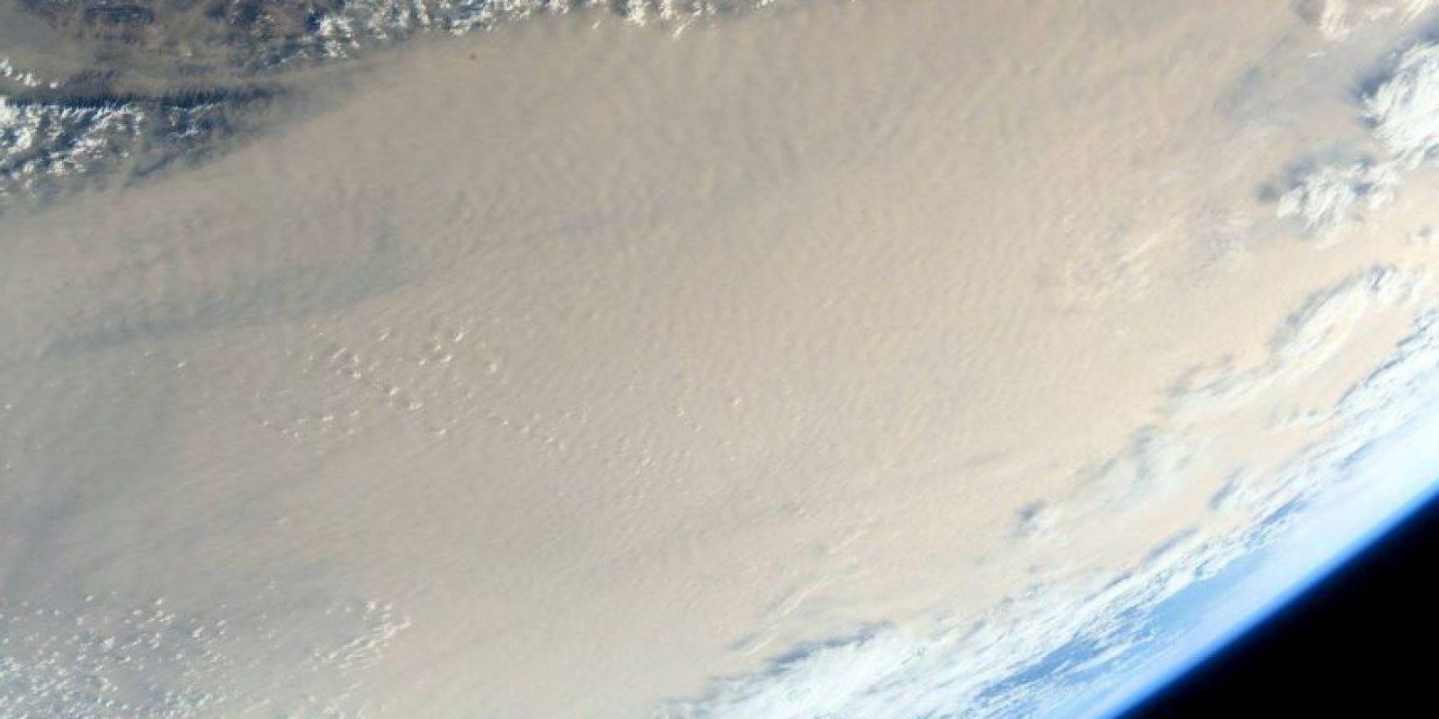 Así luce una tormenta de arena vista desde el espacio Foto:Facebook.com/NASA-Astronaut-Scott-Kelly