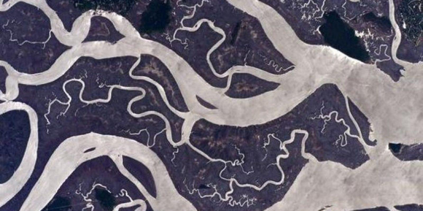 """""""Encontré estas figuras interesantes de agua en la costa este de Estados Unidos"""" Foto:Facebook.com/NASA-Astronaut-Scott-Kelly"""