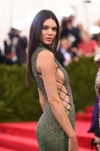El vestido era de la marca Calvin Klein Foto:Getty Images