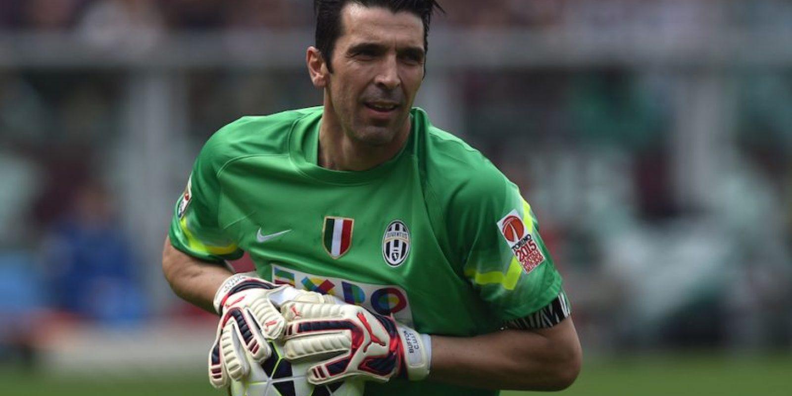 Habrá duelo de porteros en semifinales. De parte de los italianos estará Gianluigi Buffon. Foto:Getty Images