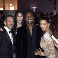Marc Jacobs, Cher, Kanye West y Kim posaron para la foto Foto:Instagram/Kimkardashian
