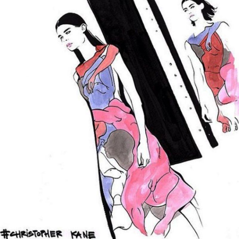 Pero más allá de tener el dibujo de una forma fálica también alberga las siluetas de personas desnudas Foto:Vía instagram.com/christopherkane