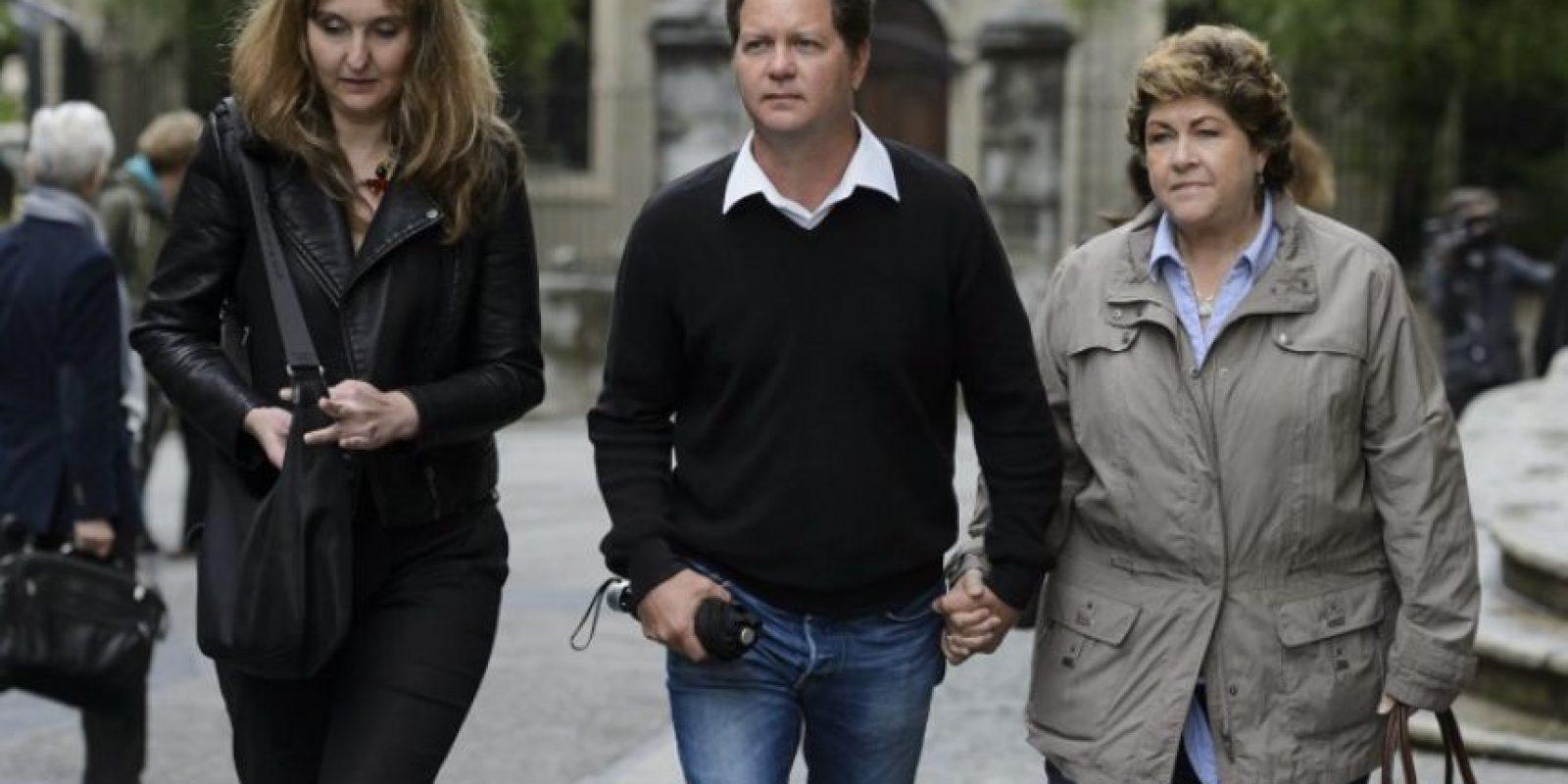 Elizabeth Sperisen, Christian Sperisen y Linda Sperisen, la esposa, hermano y mamá. Foto:AFP