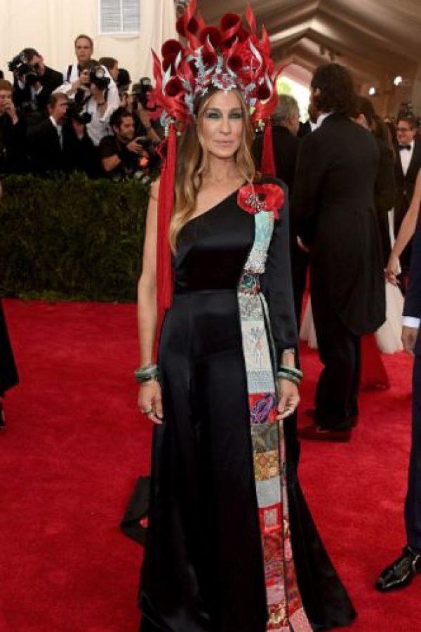 Sarah Jessica Parker es la reina de la gala, en la que más de una debiera irse al cadalso por aburrida. Foto:vía Getty Images