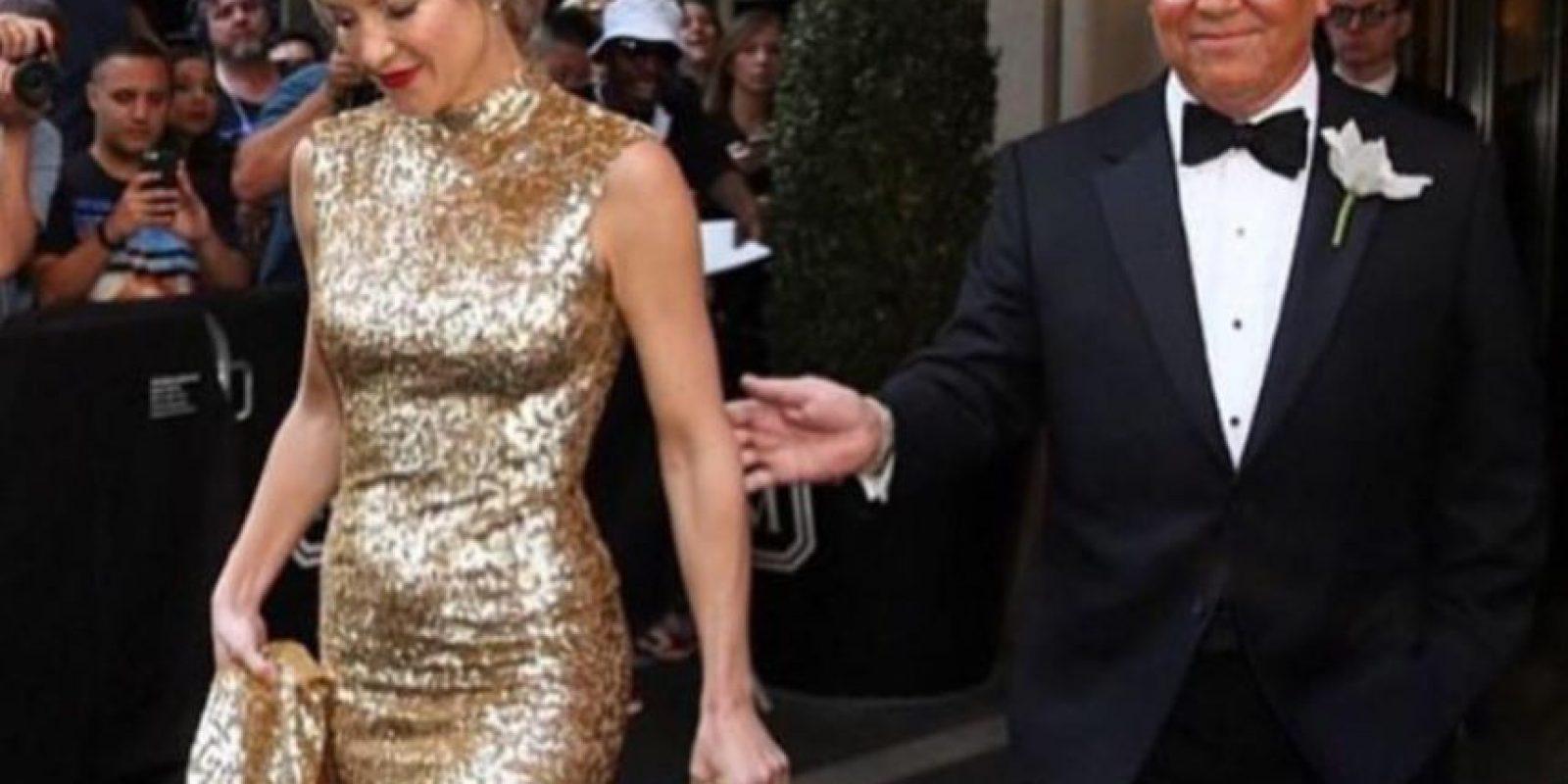Kate Hudson, con un tocado que trasluce elegancia. Foto:vía Twitter