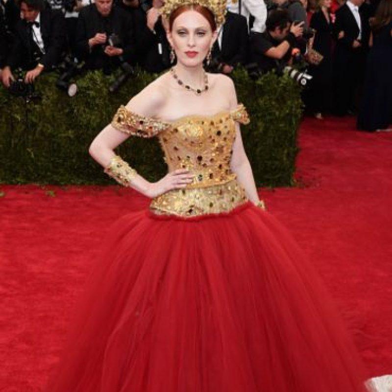 Karen Elson, vestida como obra de arte. Foto:vía Getty Images