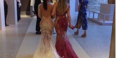 Duelo de derrières: JLo y Kim Kardashian muestran sus encantos en una fotografía