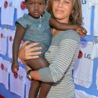Anunció por primera vez sus planes para adoptar en diciembre de 2010, después de meses de búsqueda, conoció a su hijo durante un viaje a Haití. Hijo adoptivo: Lukensia Foto:Getty Images