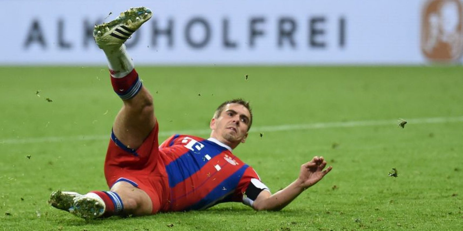 Philipp Lahm juega como medio por derecha Foto:Getty Images