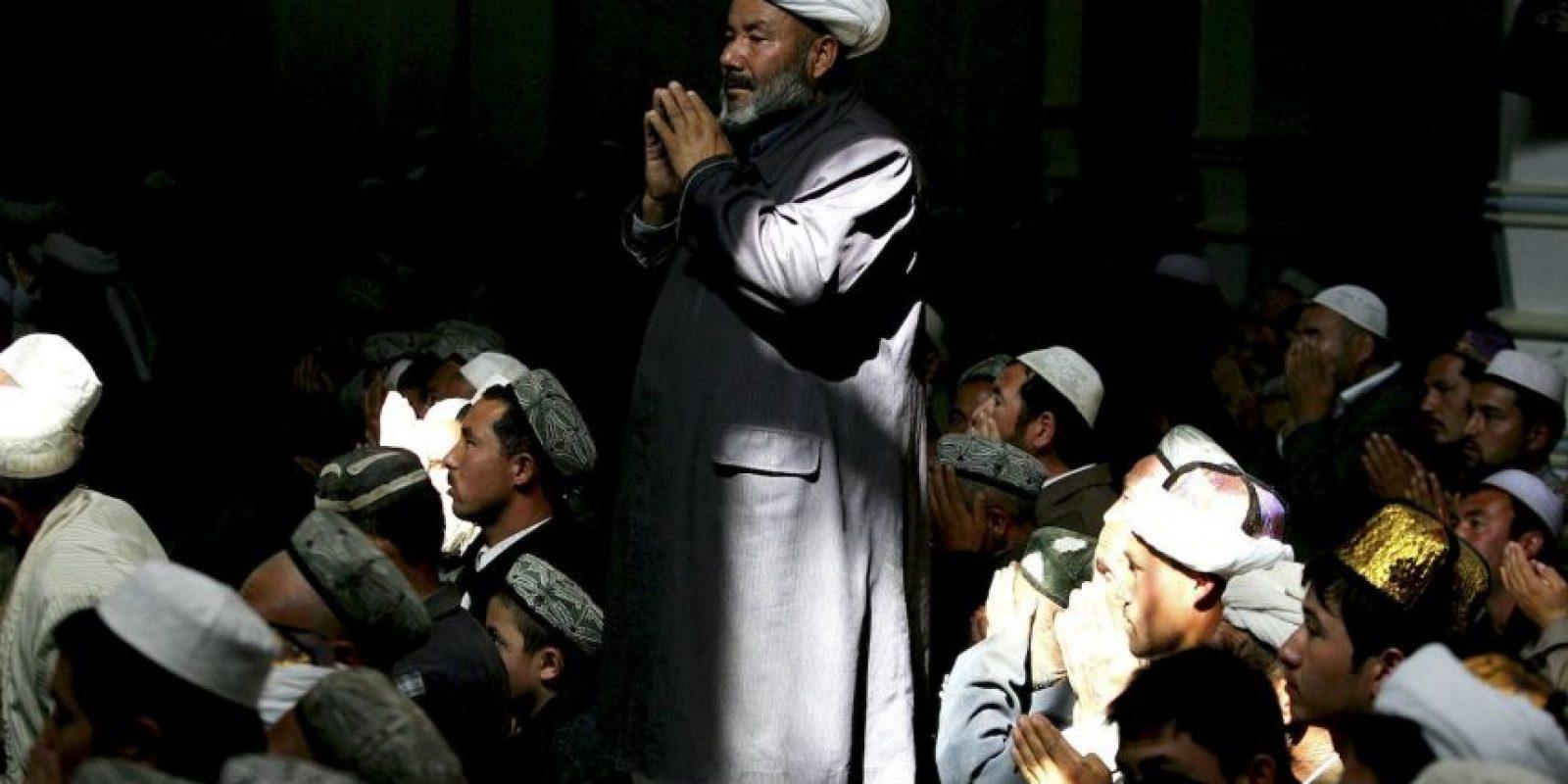 Las autoridades de la región de Xinjiang, en el noroeste de China buscan debilitar la influencia del Islam en los residentes locales. Foto:Getty Images