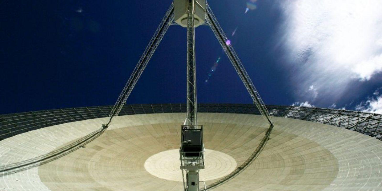 Desde 1998, los astrónomos que operan el radiotelescopio Parkes, llevan detectando una misteriosa señal, que hasta ahora se descubrió eran perytons, provenientes de un microondas. Foto:Getty Images