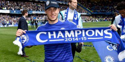Eden Hazard, mejor jugador del año en la Premier festejó así el título. Foto:Vía twitter.com/chelseafc