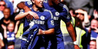 """""""Con el jefe, Didier Drogba"""", escribió Eden Hazard al compartir esta imagen. Foto:Vía instagram.com/hazardeden_10"""