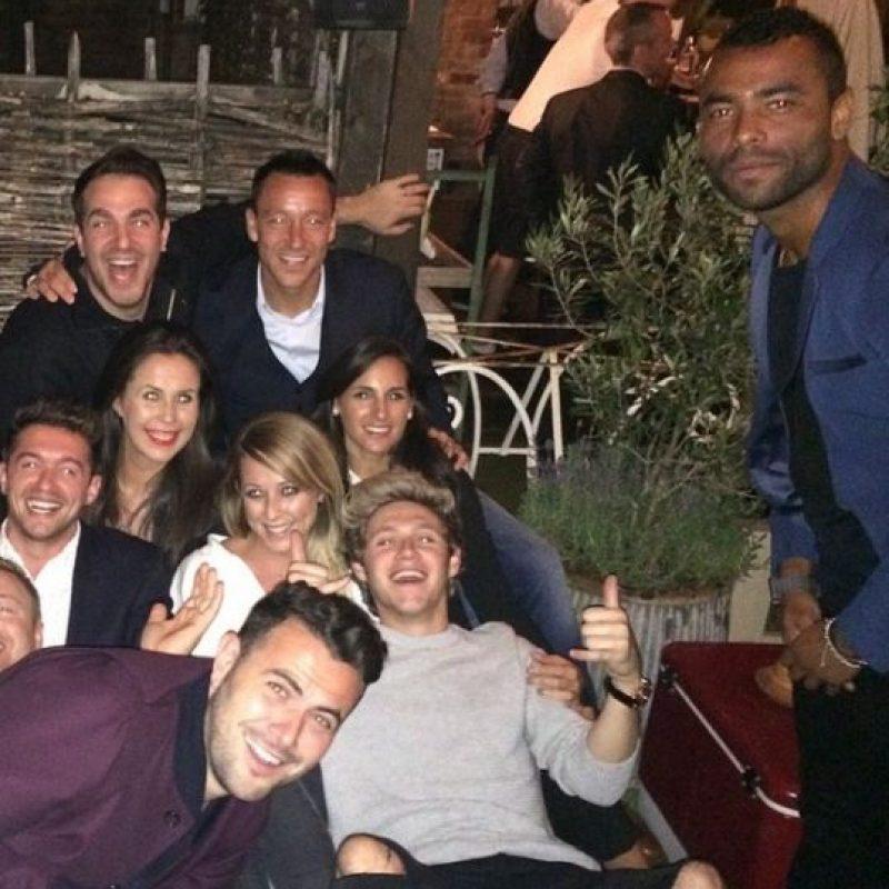 """Niall Horal es muy amigo de John Terry, capitán del equipo """"Blue"""", y regularmente acude a fiestas organizadas por el futbolista. Foto:Vía instagram.com/johnterry.26"""