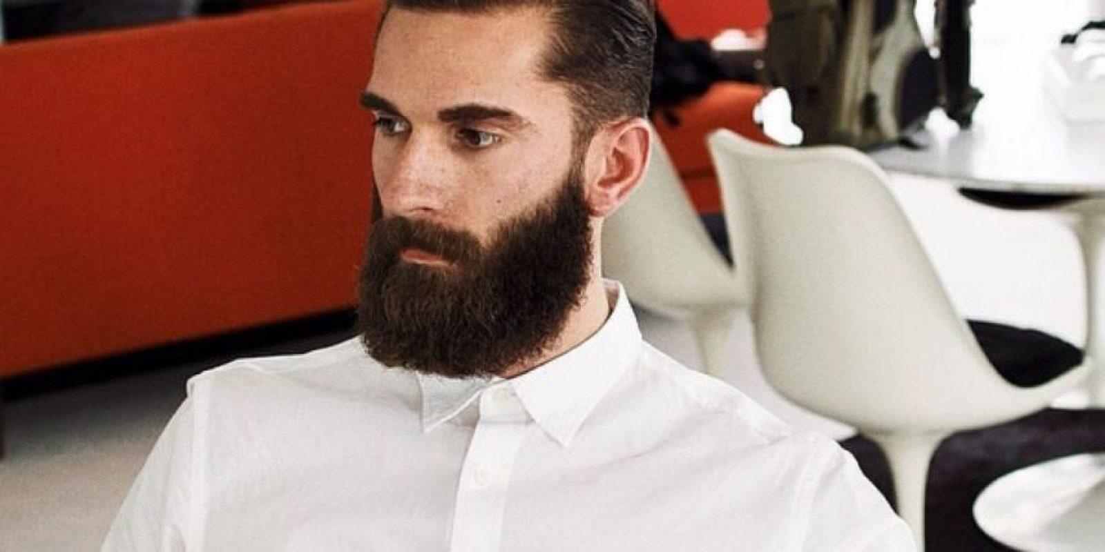 """6. Lo """"que queda"""" luego de interactuar con la barba. Perdón, con el hombre y su barba. Foto:vía Instagram"""