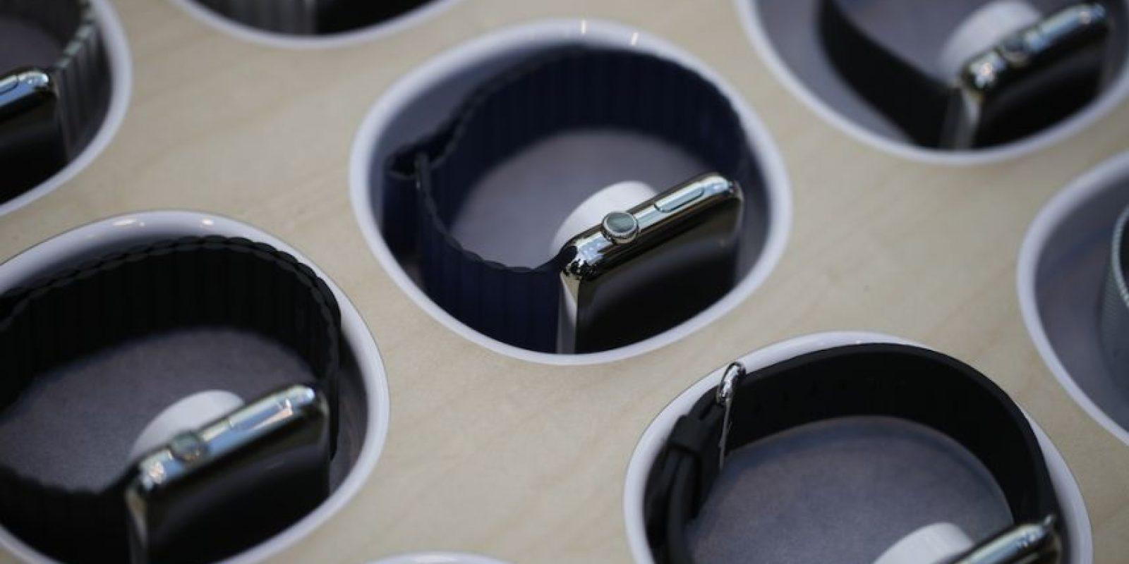El reloj se puede probar en las tiendas. Foto:Getty Images