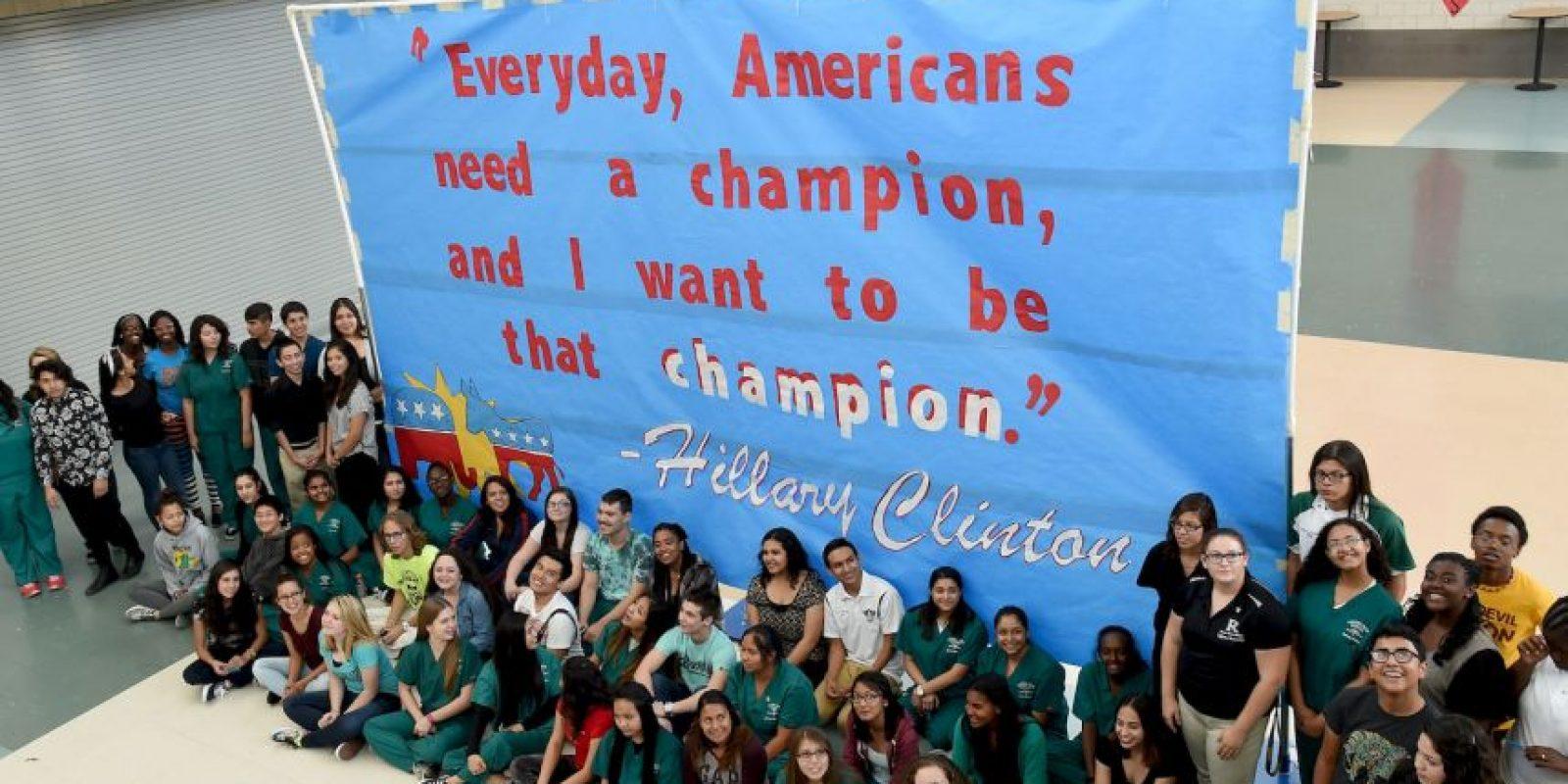 Estudiantes apoyan la candidatura de Clinton Foto:Getty Images