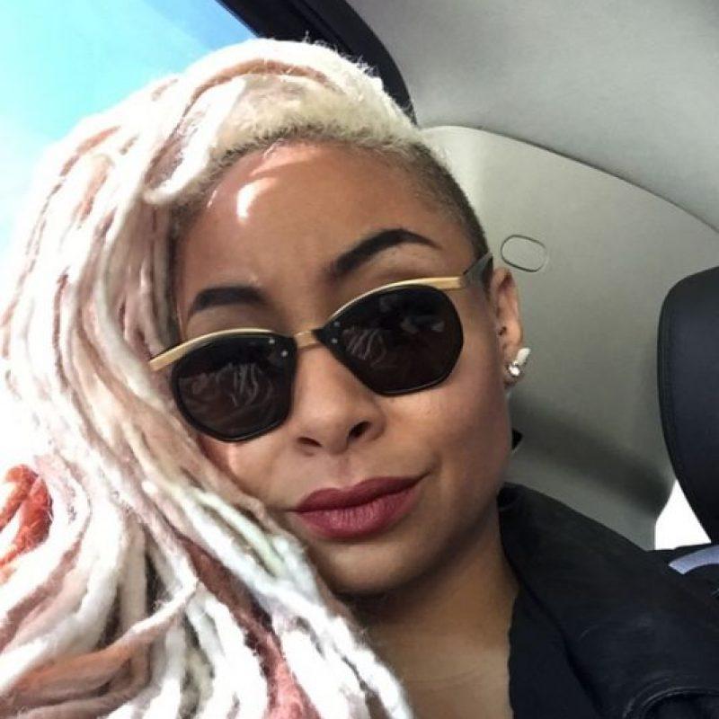 Tiene 29 años, continuó con su carrera como cantante y en 2013 reveló ser lesbiana. Foto:Vía instagram.com/ravensymonecp