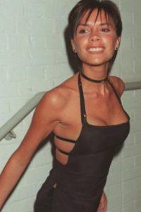 Victoria sí que abusó de la moda de los 90. Foto:vía Getty Images