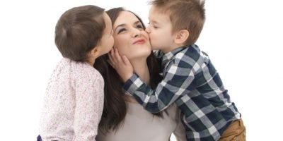 ¿Cómo cambia el cerebro de la mujer al convertirse en mamá?