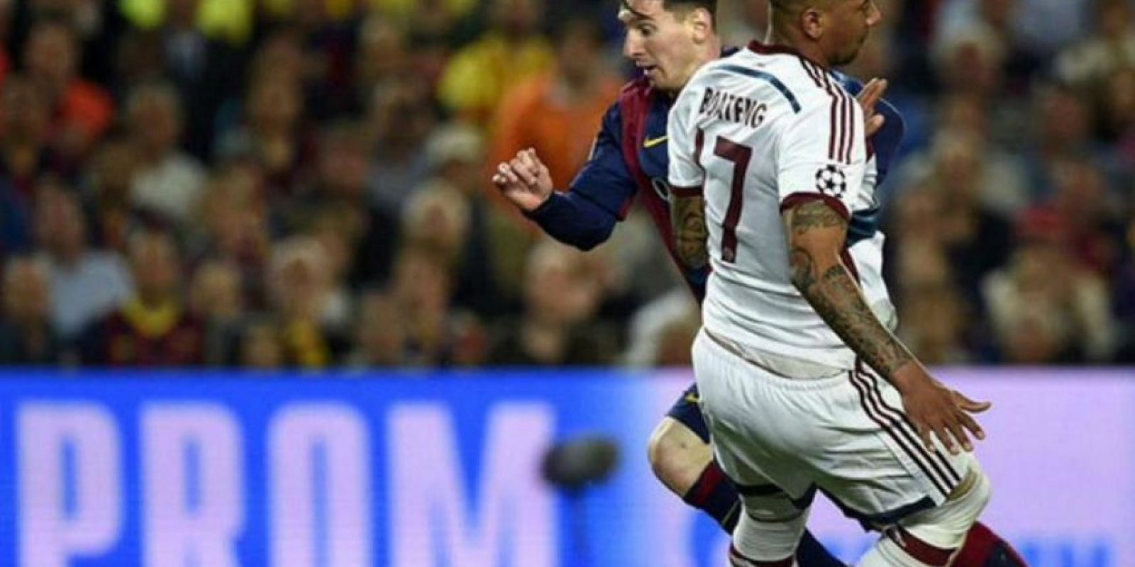 Boateng no pudo detener a Messi y el argentino hizo el segundo gol del Barcelona. Foto:Twitter