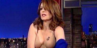 La comediante decidió quitarse el vestido Foto:Late Show with David Letterman