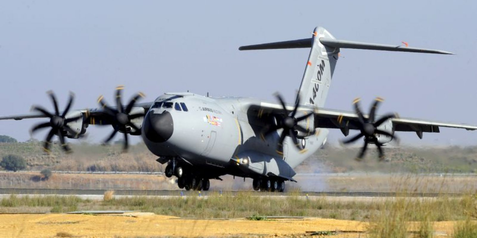 El avión militar A400M, en el despegue, antes del accidente. Foto:AFP