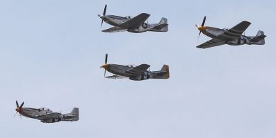 En Estados Unidos, una enorme cantidad de aviones de la Segunda Guerra Mundial volarán sobre Washington en honor de los veteranos de la guerra. Foto:Getty Images