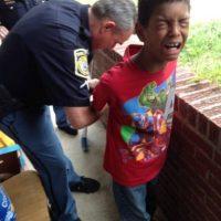 """2. Chiquita Hill estaba harta del mal comportamiento de su hijo Sean. Por eso lo hizo """"arrestar"""". Foto:vía Facebook/Chiquita Hill"""