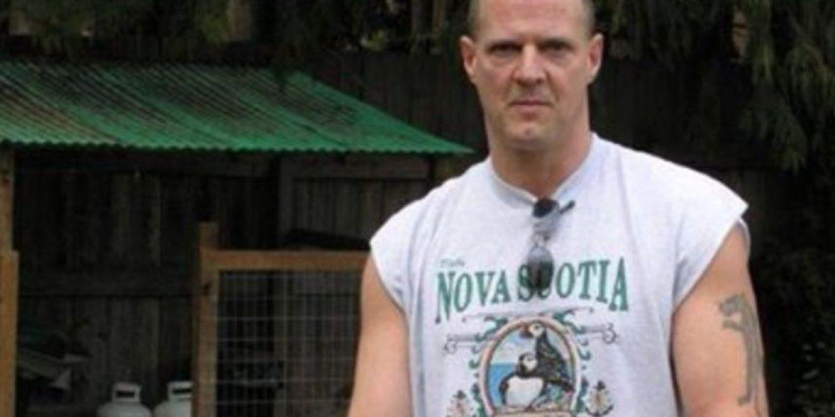 Hombre revela en Facebook haber matado a su esposa e hija