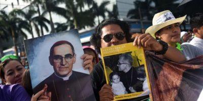 Proclaman beato al asesinado arzobispo salvadoreño Oscar Arnulfo Romero