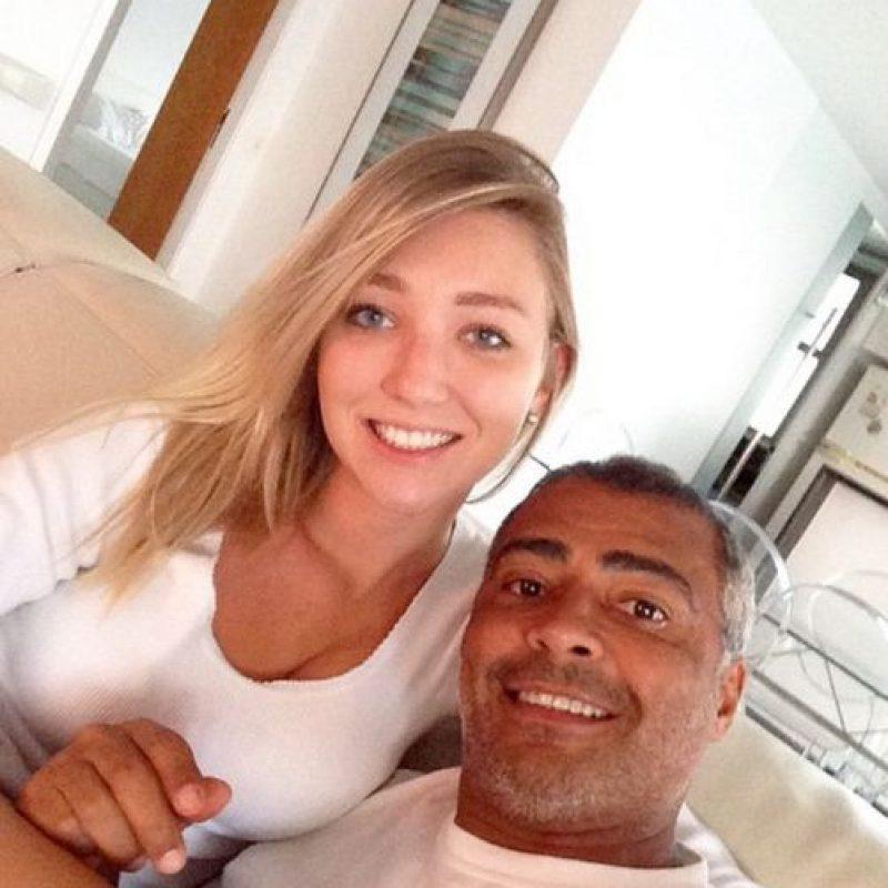 Romario mantiene una relación con Dixie Pratt Foto:Vía instagram.com/dixiepratt