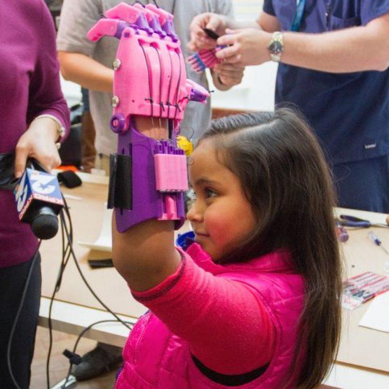 La intención fue beneficiar a niños con problemas en las manos Foto:Getty Images