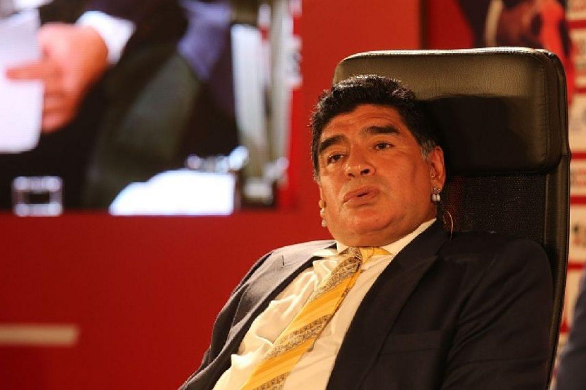 Maradona genera titulares esta semana por sus fuertes palabras no solo hacia Joseph Blatter. Foto:vía Getty Images