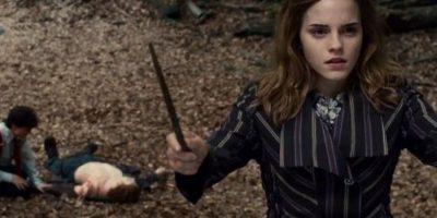En 2009, durante un partido de fútbol americano entre la Universidad de Harvard y Universidad de Brow, Emma Watson fue perseguida y acosada por los estudiantes, incluso tuvo que ser protegida por el cuerpo de seguridad local. Foto:vía facebook.com/harrypottermovie