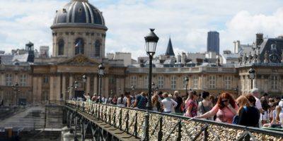 Después que se eliminen los candados del Pont des Arts, el personal del ayuntamiento quitará los candados de otros puentes donde representen un riesgo. Foto:Getty Images