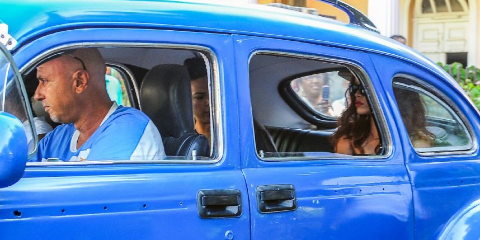 """La barbadense llegó """"sorpresivamente"""" a la isla caribeña para grabar un videoclip. Foto:AFP"""