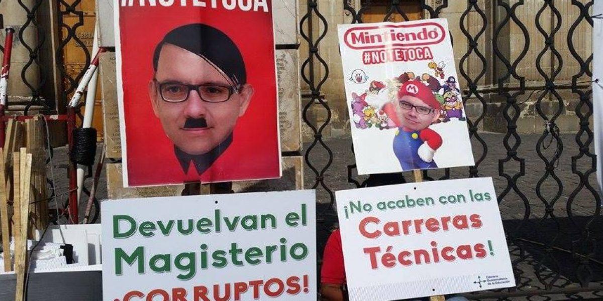 FOTOS. Con estos duros mensajes guatemaltecos dicen #NoTeToca