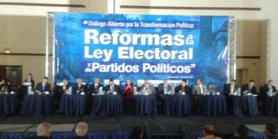 TSE y organizaciones civiles discuten reformas a Ley Electoral y de Partidos Políticos