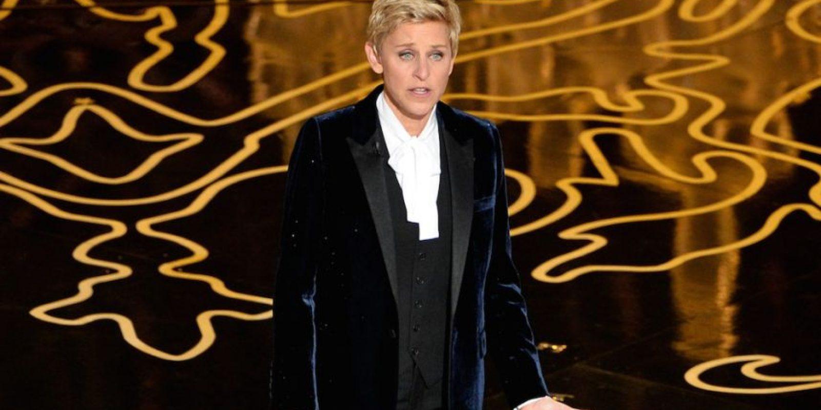 DeGeneres, presentadora estadounidense de 57 años de edad, hizo famoso un selfie en la entrega del Óscar 2014 en el que aparecen Julia Roberts, Bradley Cooper, entre otros. Foto:Getty Images