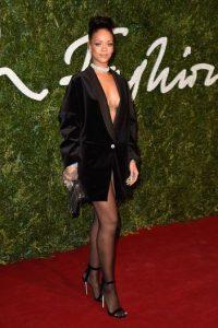 """El video donde Rihanna aparece disfrazada de """"Pebbles"""" fue compartido por Melissa Forde, la mejor amiga de la cantante. Foto:Getty Images"""